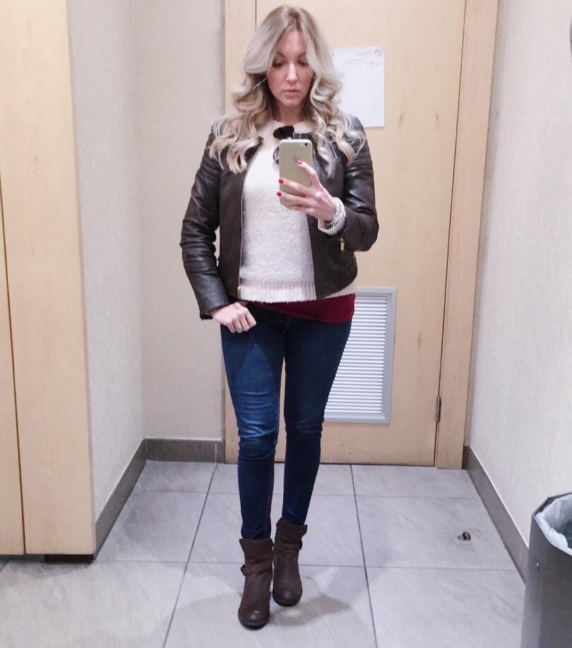 Bailey Schneider fashion and blonde