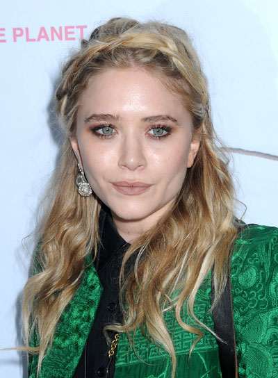 marykate-olsen-medium-wavy-braids-and-twists