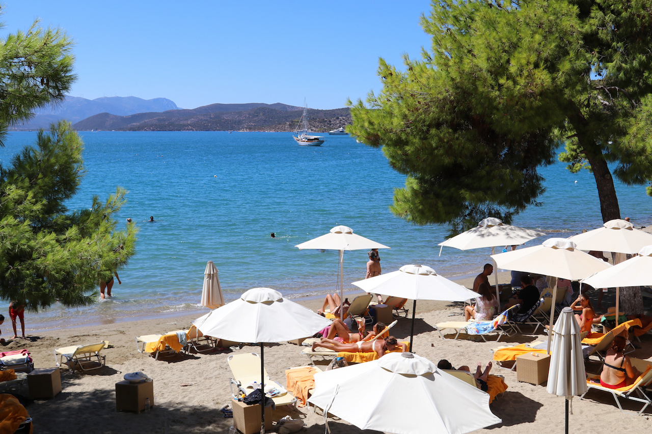 poros-image-private-beach-copy