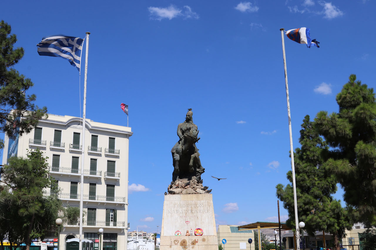statue-at-piraeus-copy