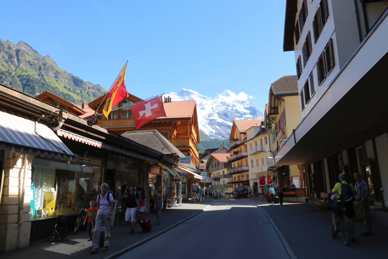 streets-of-wengen-copy