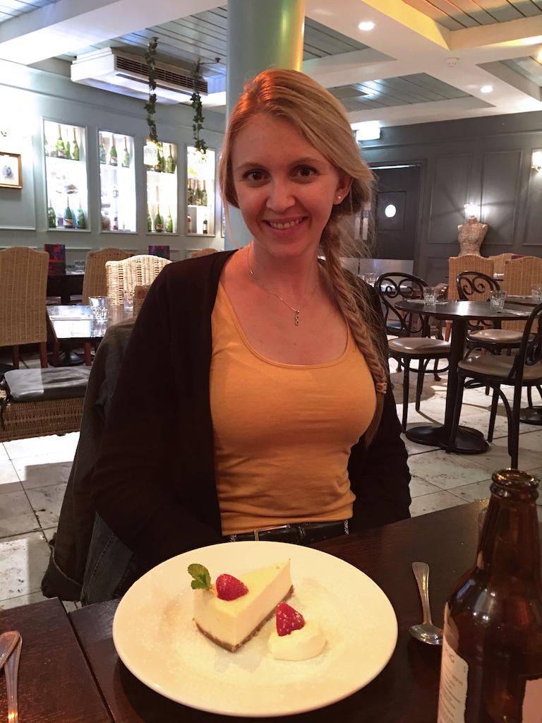 tandi-and-her-dessert